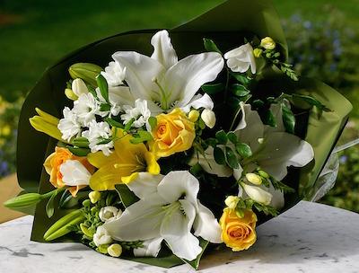 Bloemen laten leveren via een bloemenwinkel